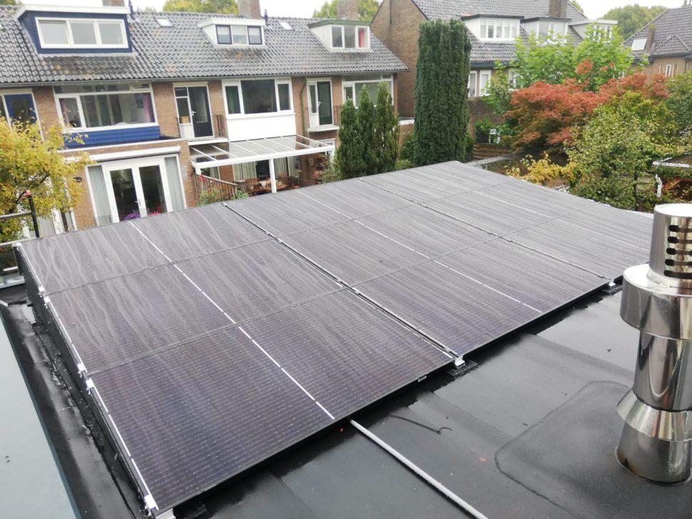 Zonnepanelen en hybride warmtepomp Zwolle