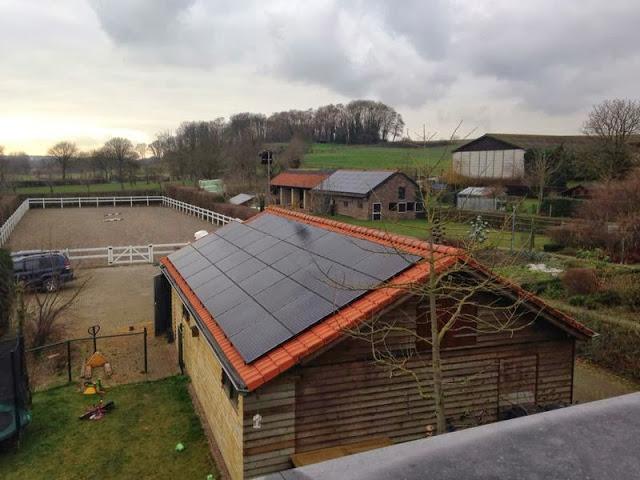 Canadian Solar zonnepanelen op bijgebouw in Dalfsen