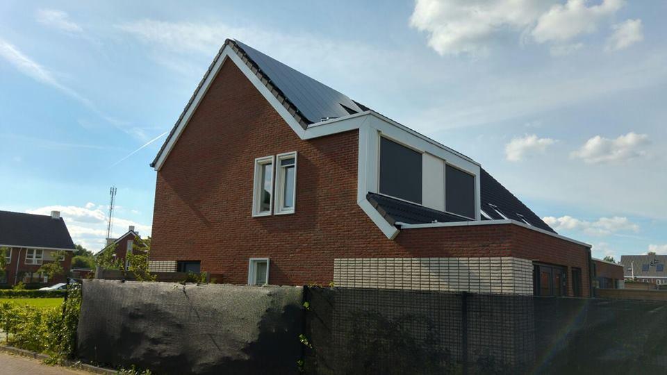 Zonnepanelen op dak in Nijmegen