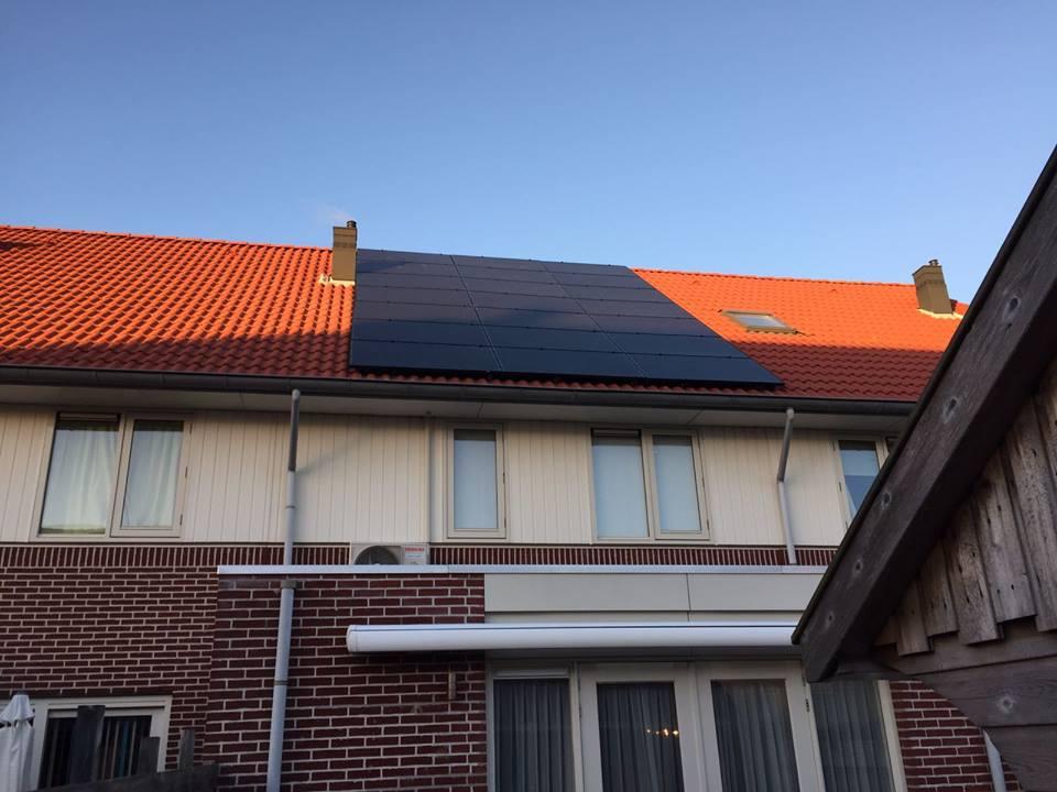 Zonnepanelen en warmtepomp in Borne